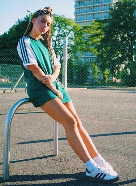 influencer in adidas Originals Samba Rose