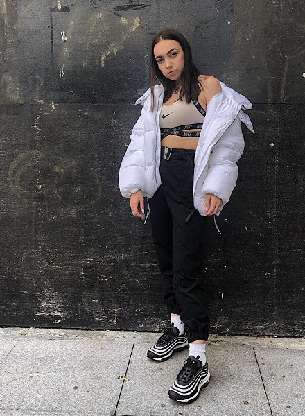 Lily Grist in air max