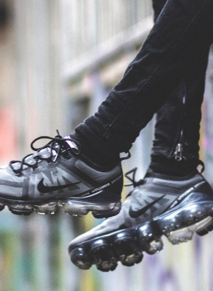 cameron in air vapormax 2019 black